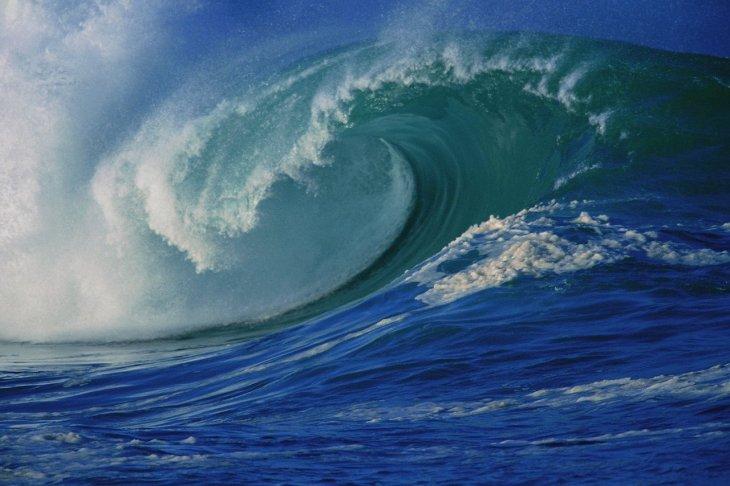 [violent+ocean+waves+background.jpg