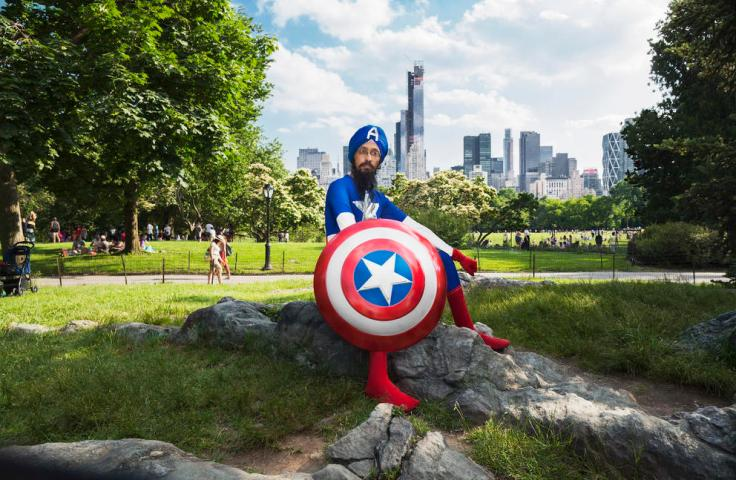 02 - Sikh Captain America in NY - Photo by Fiona Aboud
